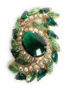 "Beautiful Emerald Green + White Rhinestone Gold Tone Costume Jewelry Brooch 3"""