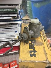NEW OLD STOCK 0.70 inch LOCKHEED CLUTCH MASTER CYLINDER VAUXHALL VICTOR 4222-939