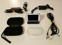 Sony PSP GO Pearl White + Charging Dock Cradle W/ Component & Charge/Sync Cables