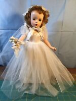 "Madame Alexander 1950's Wendy Bride Walker 15"" Doll All Original"