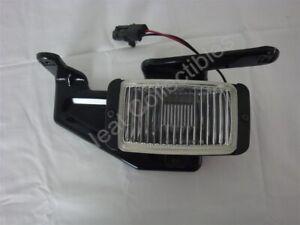 NOS OEM Chevrolet S10 Blazer Pick up GMC S15 Sonoma Fog Lamp 1991 - 94 Right