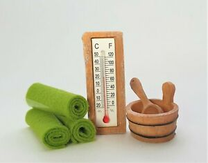 Miniatur Sauna Zubehör 3-teilig Polyresin Thermometer Bottich Kelle Geldgeschenk