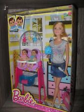 Barbie Twin Babysitter NRFB Flat Feet Color Change Feed Doll Playset 2014