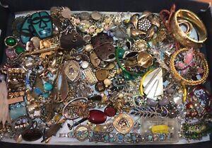 Job Lot Vintage Jewellery Spares Repair Harvesting Odd Earrings Pendant Bracelet