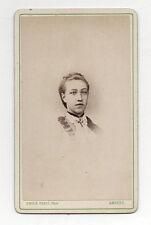 CDV - PHOTO - JEUNE FEMME FILLE - EMILE PARIS à Amiens - Vers 1880.