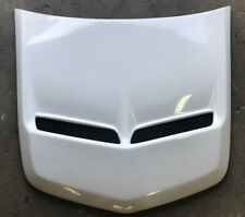 Walkinshaw Style Bonnet Scoop fits HSV Holden Commodore sedan ute wagon SS white