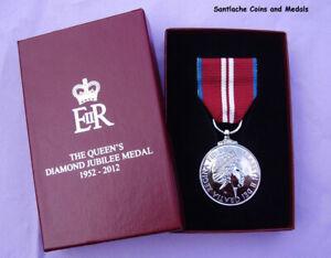 2012 OFFICIAL QUEEN ELIZABETH II DIAMOND JUBILEE MEDAL - BOXED ORIGINAL