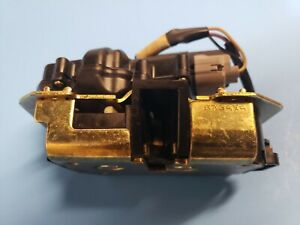 Chrysler Town Country Caravan 2001-2007 OEM NON-Powered Liftgate Latch Actuator