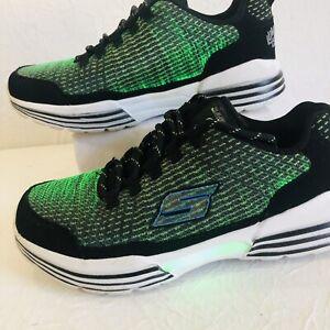 SKECHERS LUMINATORS LUXE Black/Lime Light up Boys Shoes Size 4 USB Rechargeable