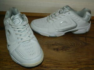 Slazenger Tennis white/silver lace up trainers uk 7 eur 41