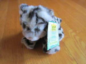 """Wild Republic Snow Leopard 5"""" Plush Stuffed Animal Soft Cute Green Eyes 2002 Tag"""
