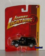 Johnny Lightning JL2 1950 Chevrolet Panel Truck 50 Chevy Delivery Truck 1:64