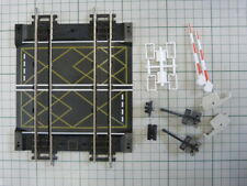 Hornby nickel silver double track crossing with barriers for OO gauge train set