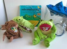 The Wide Mouthed Frog Lot of 3 Story Puppets w/ Pop-Up Book Carry Bag Lakeshore