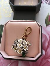 JUICY COUTURE DAISY FLOWER BOUQUET CHARM YJRU1683