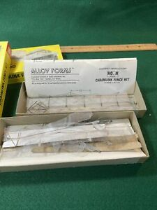 Chain link Fence Kit HO train 2 Used Sets Alloy Forms H-2009 (HO107711)