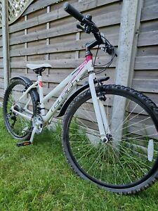 Women mountain bike 17 inch frame