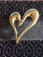 Large Vintage Shiny Gold Tone Swirled Heart Brooch