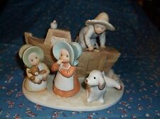 Nice Figurine Circle of Friends by Masterpiece Noah's Ark 4 1/2 Inch High Cute