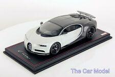 Bugatti Chiron Sport with Open Wing Grey Carbon / Gris Rafale (Metallic) Mr 1/18