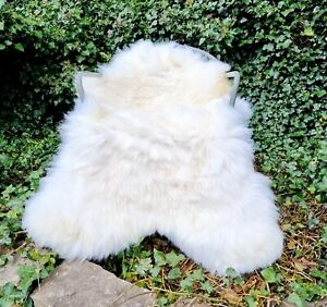 XXXL Huge 130cm by 90cm Genuine Fluffy British Cream Sheepskin Rug A+++