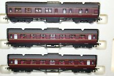 HORNBY MADE IN CHINA RAKE OF 3 BR (EX LMS) COACHES EX R2908 L/EDITION TRAIN PACK
