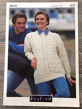 "Hayfield Knitting Pattern: Mens & Ladies Sweaters, Aran, 30-40"", 4237"