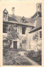 BT14449 Interieur une cellule jardin Monastere de la Grande Chartreuse  France