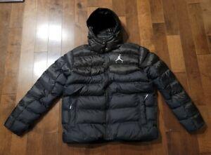 Mens NIke Air Jordan Jumpman Puffer Jacket Sportswear Winter CK6885-010 Large