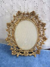 "VINTAGE PICTURE FRAME BRASS OVAL ROSES FANCY DESK TABLE TOP MANTLE 3""x 4"""