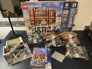 Lego -10264 - Corner Garage - Creator Expert - Modular Building - Part Built