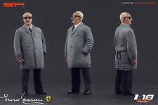 1:18 Enzo Ferrari in grey cloak VERY RARE!!! figurine NO CARS !! for diecast car