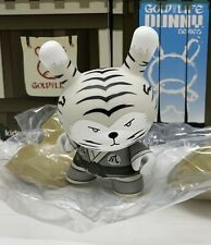 Kidrobot HUCK GEE Gold Life Dunny The Golden Claw White Tiger Cat 2/16 KR Sword