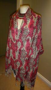"Pashmina Style Pink & Ivory Animal Print Scarf / Wrap 80"" X 27"""