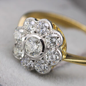Beautiful 18ct Yellow Gold, 1.07ct Diamond Cluster Ring with Certificate