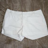 Banana Republic Midrise White Textured Shorts Sz 8