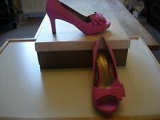 JACQUES VERT LAYERED BOW TRIM SHOES  -PINK SIZE 4 -NEW