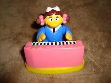 "Mcdonald's 2001 Birdie playing piano Pvc 2.75"" tall"
