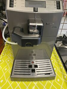 macchina caffe automatica saeco