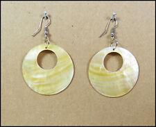 ein Paar Ohrringe Perlmutt Gelb Beige Edel Groß Ohrhänger Ohrschmuck Damen NEU