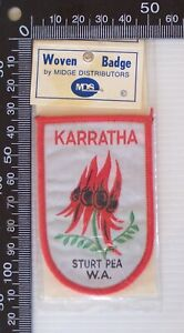 VINTAGE KARRATHA WEATERN AUSTRALIA EMBROIDERED SOUVENIR WOVEN CLOTH SEW-ON BADGE
