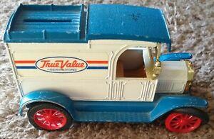 USED ERTL TRUE VALUE REPLICA       FORD 1913 MODEL T VAN PIGGY BANK