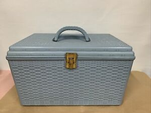 Vtg Wilson Mfg Plastic Basket Weave Blue Craft Sewing Box Removable Tray