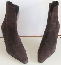 Stuart Weitzman For Russell & Bromley Brown Suede Boots 6 ½
