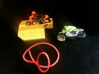 Vintage Schaper Stomper SSC 2 Super Cycles  w/Cord & Yellow Stand