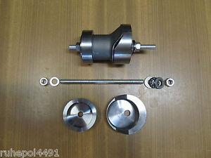 VW Golf 3 Werkzeug Einpresswerkzeug Hinterachse Gummilager Achse Silentlager