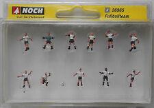 NOCH 36965 Football Team (White/Black Kit) 'N' Gauge Model Railway Figures