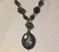 VICTORIAN STYLE CLEAR FACETED ACRYLIC DK GOLD PL CAMELLIA PENDANT NECKLACE DC