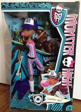 Muñeca Monster High Clawdeen Wolf Ghoul Sports Nuevo Y En Caja Original rara de béisbol