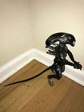"Kenner 1997 Alien Resurrection Warrior Drone 12"" figure"